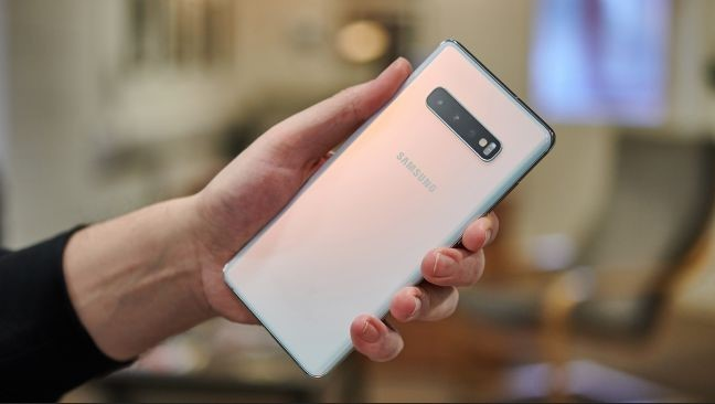 Samsung Galaxy S10 Plus (techcradar.com)