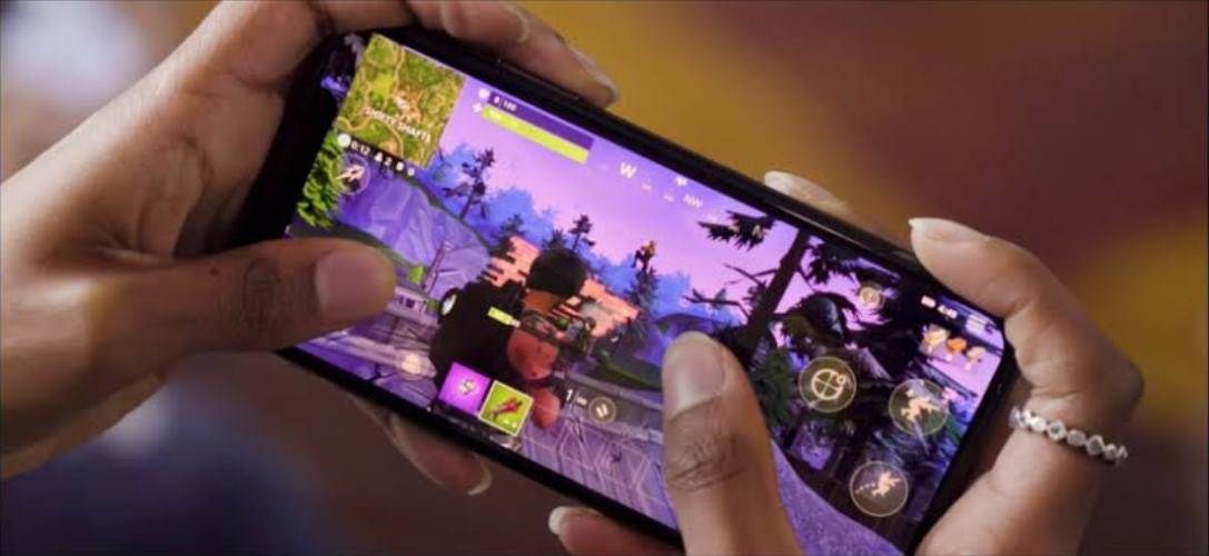 Fortnite Mobile (gstatic.com)